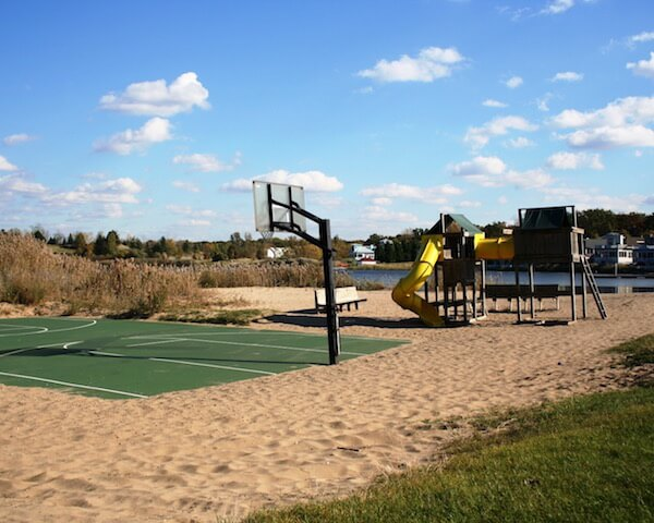Beachwalk Resort Basketball and Playground